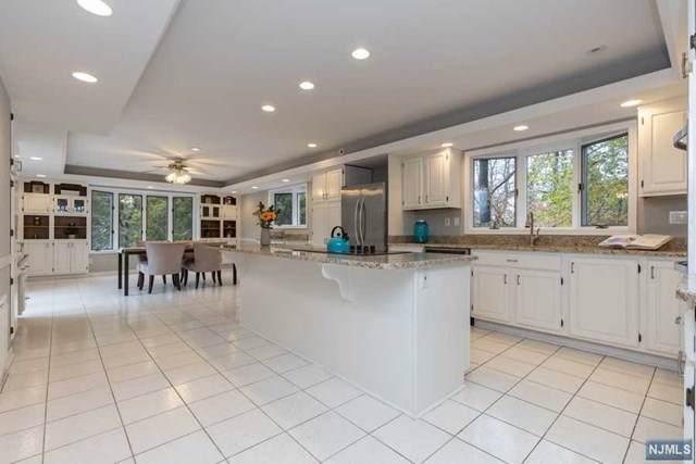 299 Mountain Avenue, North Caldwell, NJ 07006 (MLS #1952234) :: William Raveis Baer & McIntosh