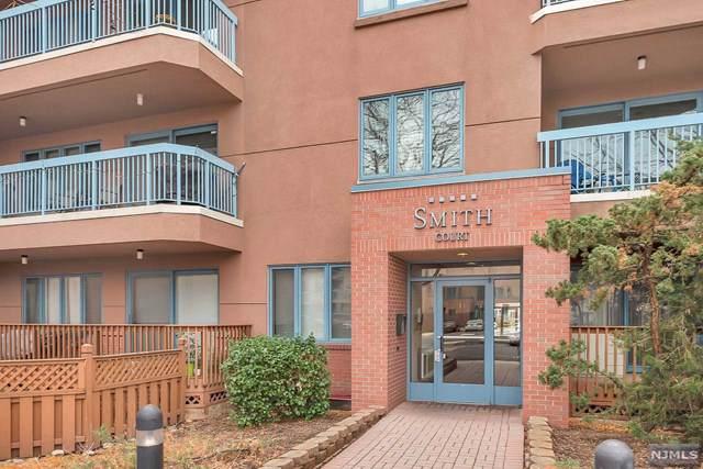 PH6 Smith Court #606, Edgewater, NJ 07020 (MLS #1952401) :: Team Braconi | Prominent Properties Sotheby's International Realty