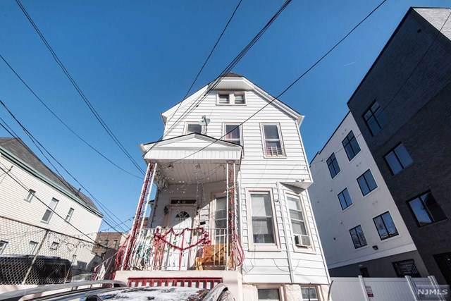 308 8th Street - Photo 1