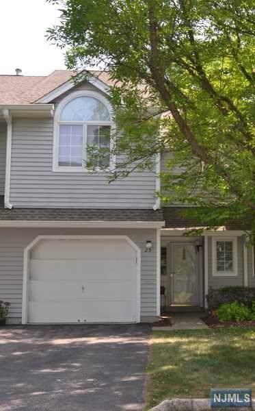 23 W Springbrook Road, Montville Township, NJ 07045 (MLS #1953405) :: William Raveis Baer & McIntosh