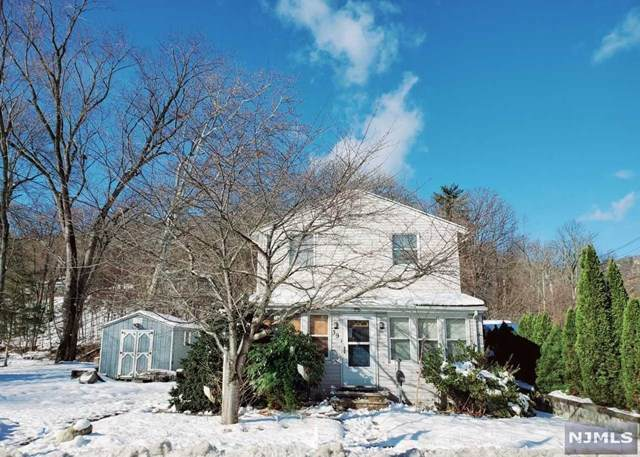 39 River Road, Oakland, NJ 07436 (MLS #1953819) :: William Raveis Baer & McIntosh