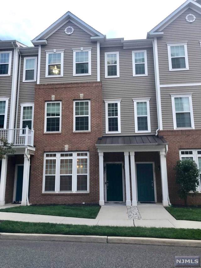 135 Eisenhower Lane, Wood Ridge, NJ 07075 (#1953977) :: NJJoe Group at Keller Williams Park Views Realty