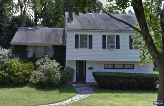 40 Heights Road, Wayne, NJ 07470 (MLS #1954024) :: The Sikora Group