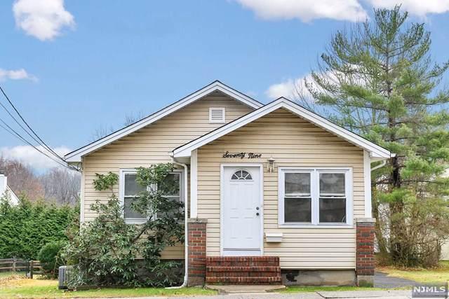79 Stevens Avenue, Cedar Grove, NJ 07009 (MLS #1954350) :: The Sikora Group