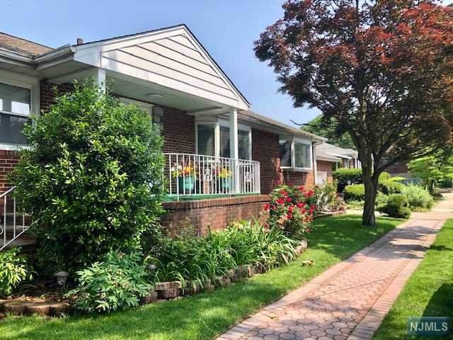 241 Bellemeade Avenue, Fort Lee, NJ 07024 (#20002338) :: Proper Estates