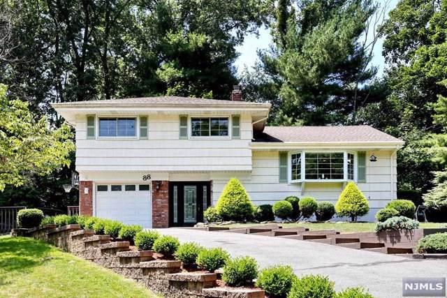 88 Chestnut Avenue, Park Ridge, NJ 07656 (#20002416) :: NJJoe Group at Keller Williams Park Views Realty