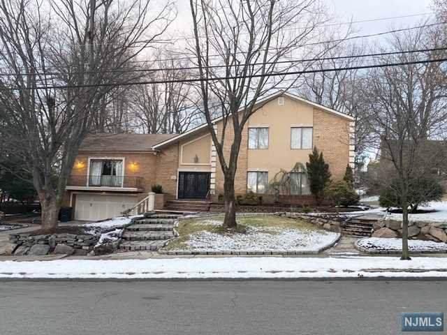 771 Riverview Avenue, Teaneck, NJ 07666 (#20002489) :: NJJoe Group at Keller Williams Park Views Realty