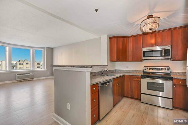6108 City Place #6108, Edgewater, NJ 07020 (MLS #20002534) :: Team Francesco/Christie's International Real Estate