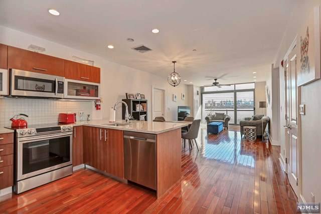 8125 River Road 2D, North Bergen, NJ 07047 (MLS #20002538) :: Team Francesco/Christie's International Real Estate