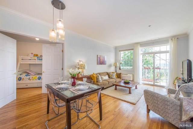 1100 River Road #206, Edgewater, NJ 07020 (MLS #20002639) :: Team Francesco/Christie's International Real Estate
