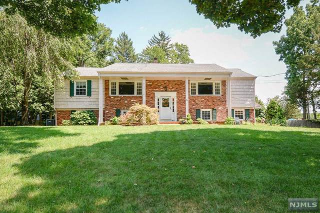 33 Glen Road, Wayne, NJ 07470 (MLS #20002693) :: The Dekanski Home Selling Team