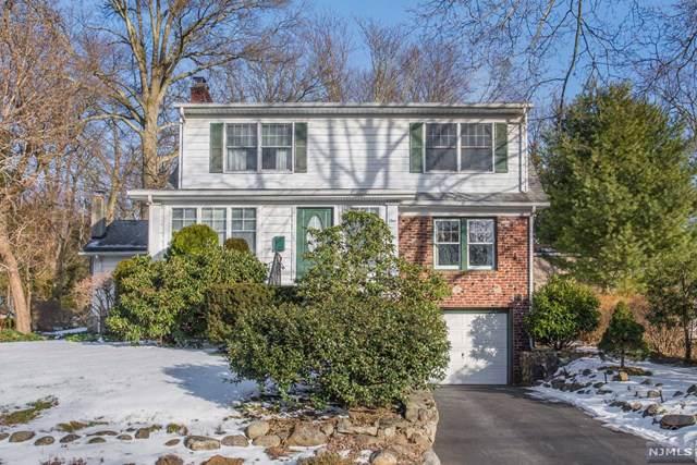 1 Sunset Terrace, Wayne, NJ 07470 (MLS #20002817) :: The Dekanski Home Selling Team