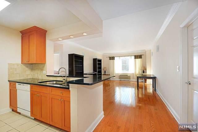 2307 City Place #307, Edgewater, NJ 07020 (MLS #20002844) :: Team Francesco/Christie's International Real Estate