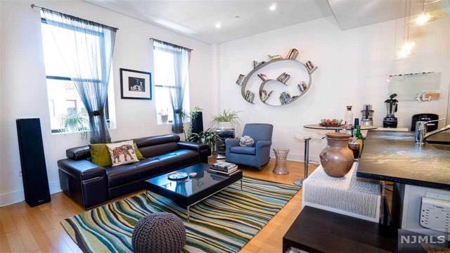 4 Beacon Way #513, Jersey City, NJ 07304 (MLS #20002917) :: Team Francesco/Christie's International Real Estate