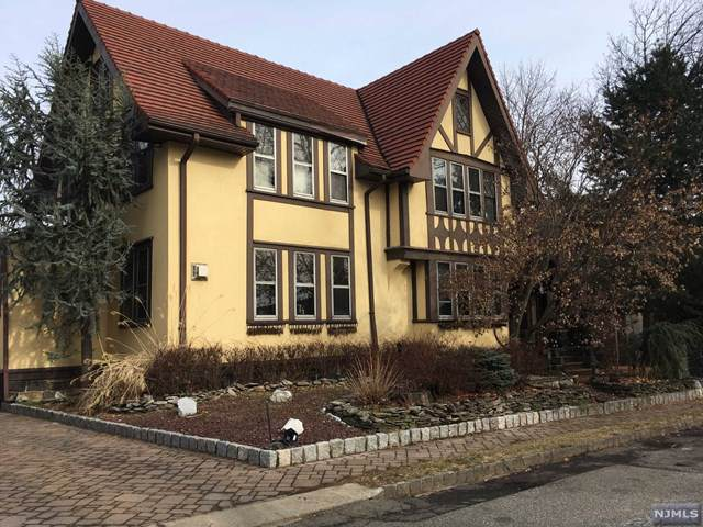 434 Oncrest Terrace, Cliffside Park, NJ 07010 (MLS #20003085) :: William Raveis Baer & McIntosh