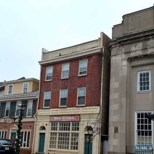 326 High Street, Burlington City, NJ 08016 (MLS #20003506) :: Kiliszek Real Estate Experts