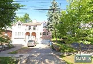 210 Euclid Avenue B, Ridgefield Park, NJ 07660 (MLS #20003658) :: The Dekanski Home Selling Team