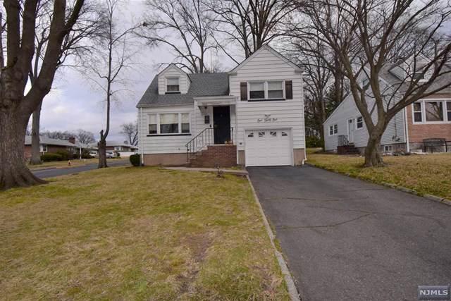 131 Iozia Terrace, Elmwood Park, NJ 07407 (MLS #20004097) :: The Dekanski Home Selling Team