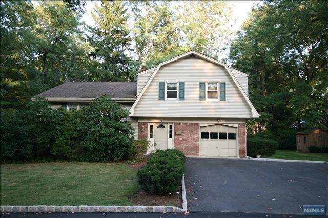 129 Garfield Street, Haworth, NJ 07641 (MLS #20004360) :: William Raveis Baer & McIntosh