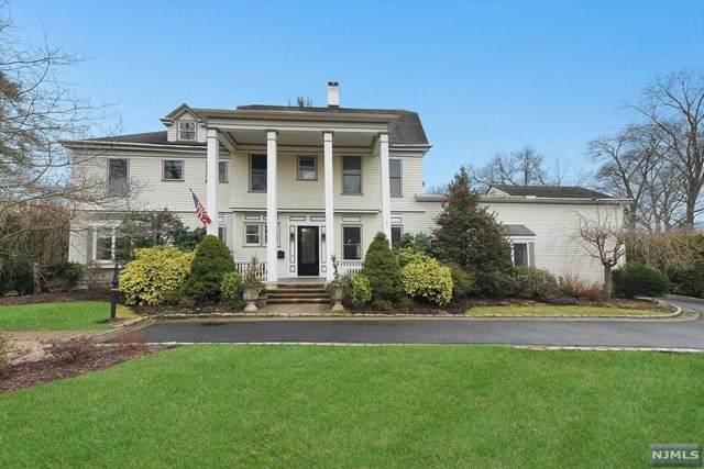528 Grove Street, Ridgewood, NJ 07450 (MLS #20005603) :: The Sikora Group