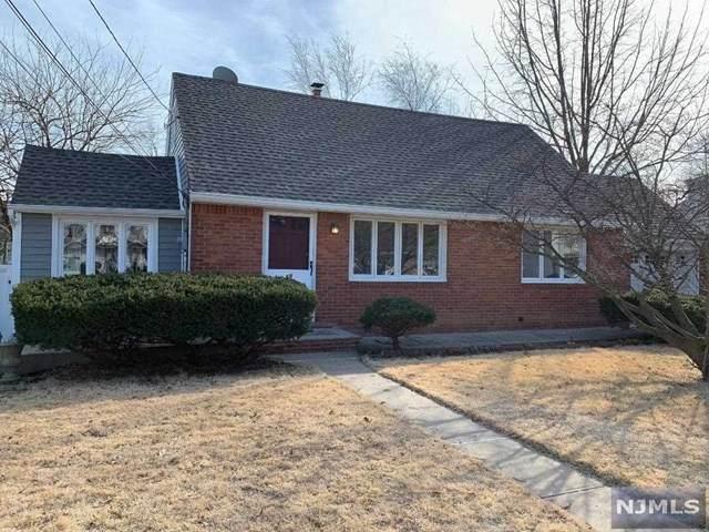 68 Echo Place, Elmwood Park, NJ 07407 (MLS #20006737) :: The Dekanski Home Selling Team