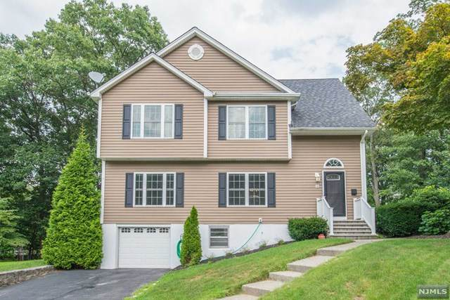 15 Hilltop Terrace, Bloomingdale, NJ 07403 (MLS #20007057) :: William Raveis Baer & McIntosh