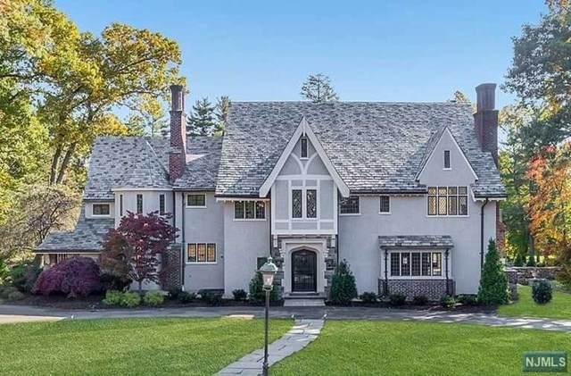 401 Mountain Avenue, Ridgewood, NJ 07450 (MLS #20007103) :: The Dekanski Home Selling Team