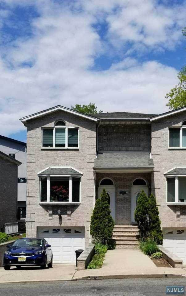 209A 5th Street A, Palisades Park, NJ 07650 (MLS #20007200) :: The Dekanski Home Selling Team