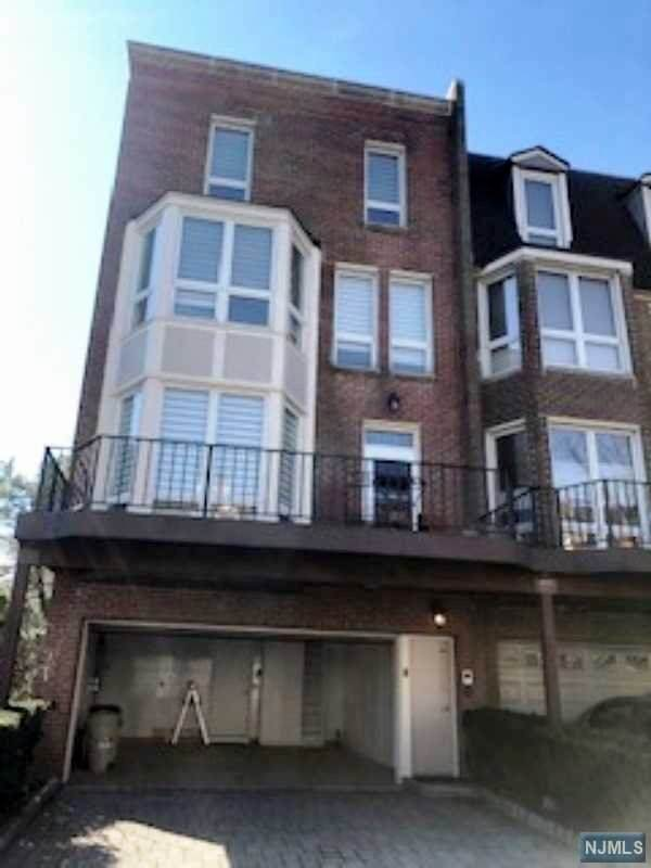 110 Kensington Drive #110, Fort Lee, NJ 07024 (#20007487) :: Bergen County Properties