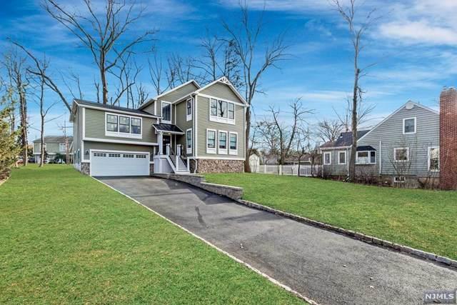 5 Cobb Terrace, Roseland, NJ 07068 (MLS #20007754) :: The Dekanski Home Selling Team