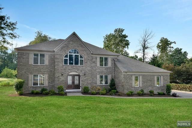 543 Terhune Terrace, Wyckoff, NJ 07481 (MLS #20007839) :: Team Francesco/Christie's International Real Estate