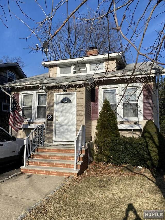 79 Boulevard, Hasbrouck Heights, NJ 07604 (MLS #20008231) :: The Sikora Group