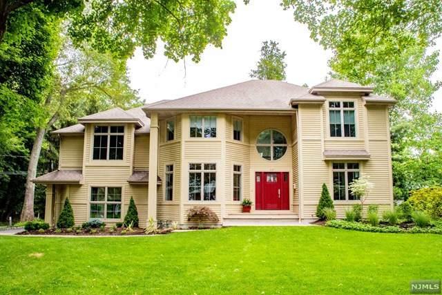 437 Baldwin Avenue, Haworth, NJ 07641 (MLS #20009084) :: William Raveis Baer & McIntosh