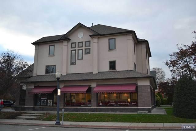 190 Franklin Avenue - Photo 1