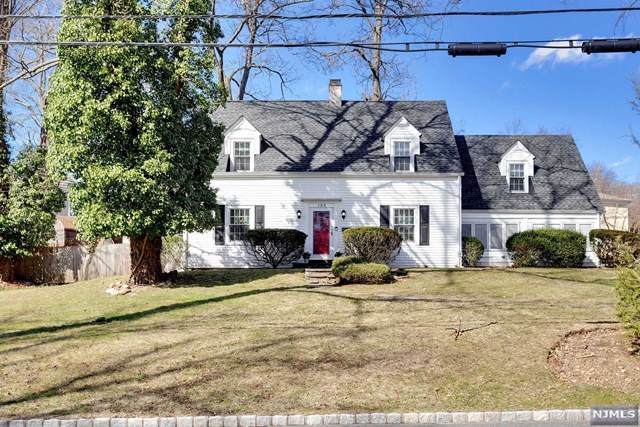 123 Brookside Avenue, Caldwell, NJ 07006 (MLS #20010633) :: The Sikora Group