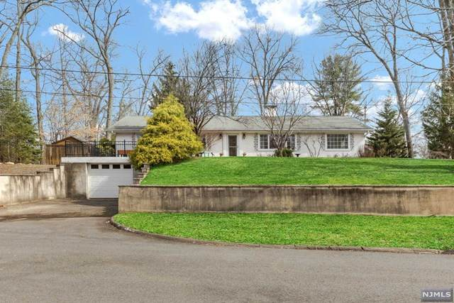 214 Oak Avenue, Wyckoff, NJ 07481 (MLS #20010966) :: William Raveis Baer & McIntosh