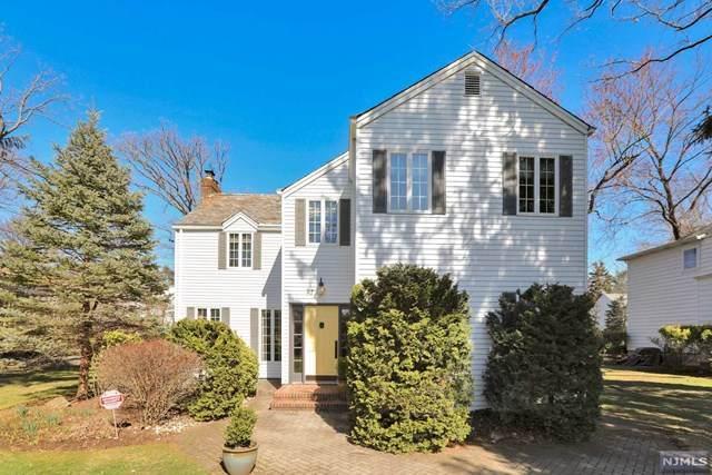 57 Oak Avenue, Tenafly, NJ 07670 (MLS #20011000) :: The Dekanski Home Selling Team