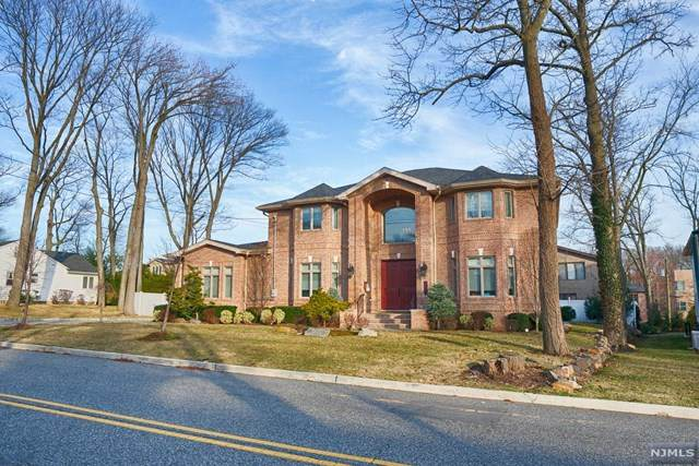 535 Floyd Street, Englewood Cliffs, NJ 07632 (MLS #20011289) :: The Lane Team