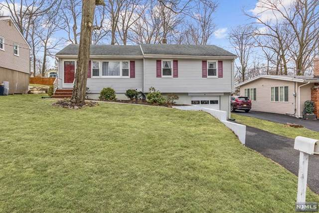 92 Walnut Street, Oakland, NJ 07436 (MLS #20011361) :: William Raveis Baer & McIntosh