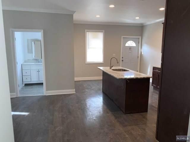 21 N 17th Street, East Orange, NJ 07017 (MLS #20011716) :: The Dekanski Home Selling Team