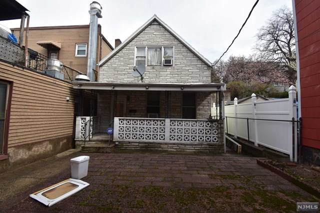 324 35th Street, Union City, NJ 07087 (MLS #20011794) :: RE/MAX RoNIN