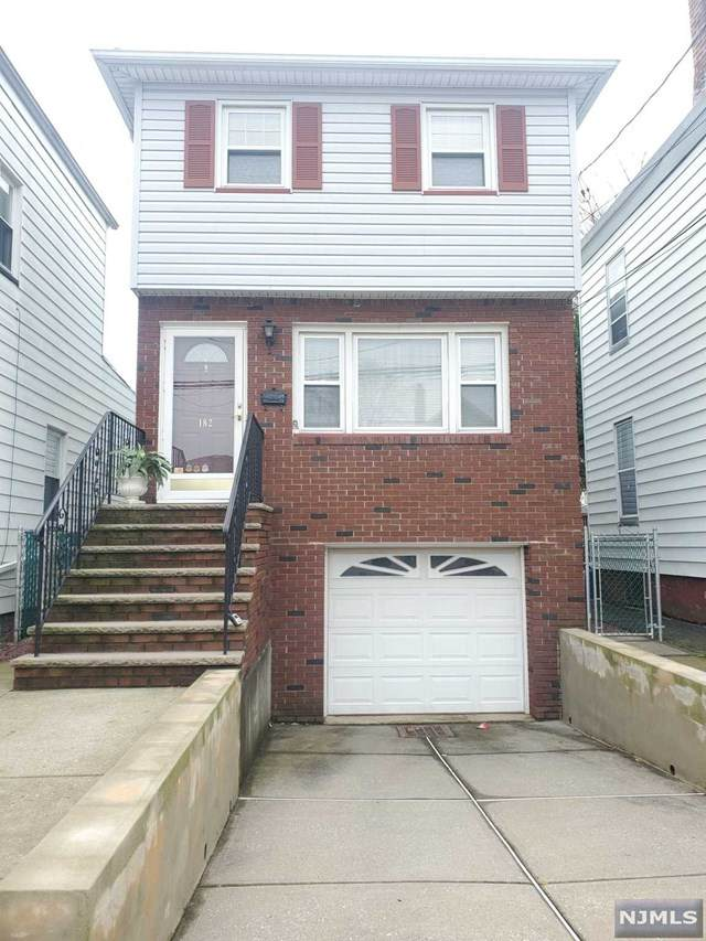 182 Bergen Avenue, Kearny, NJ 07032 (MLS #20011891) :: Halo Realty