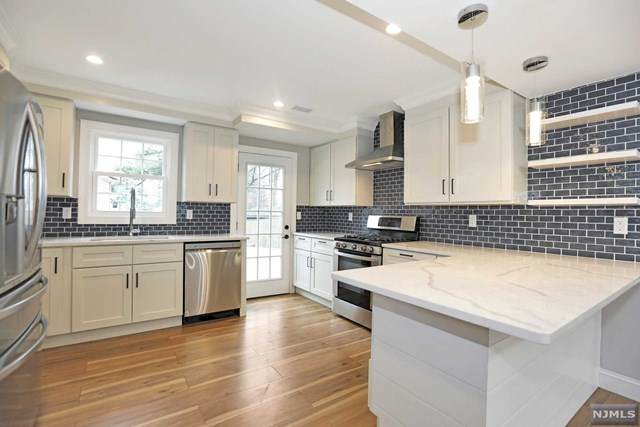 9 Charles Terrace, Waldwick, NJ 07463 (MLS #20012104) :: Team Braconi | Prominent Properties Sotheby's International Realty