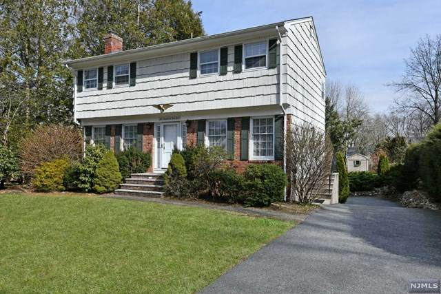 606 Overlook Drive, Wyckoff, NJ 07481 (MLS #20012141) :: William Raveis Baer & McIntosh