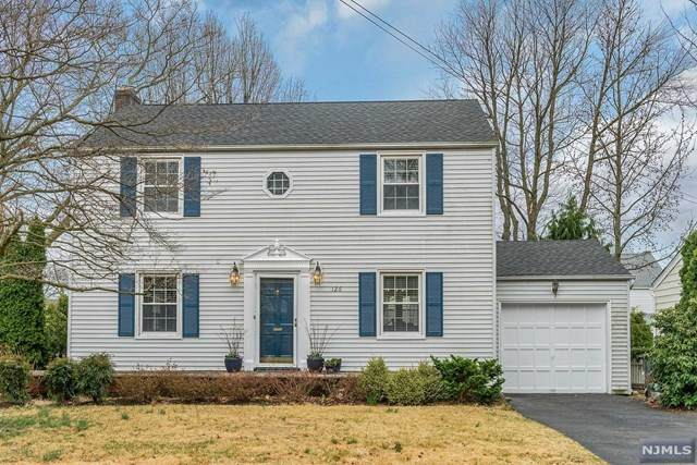 126 Overlook Terrace, Bloomfield, NJ 07003 (MLS #20012145) :: The Dekanski Home Selling Team
