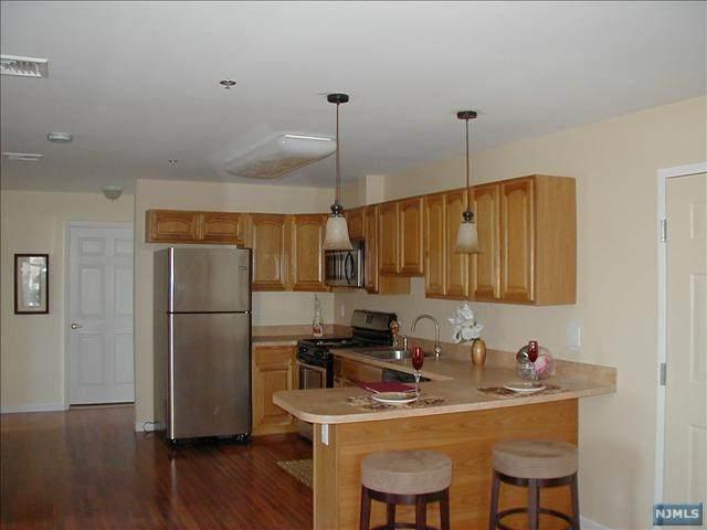 79-93 Montgomery Street #101, Paterson, NJ 07501 (MLS #20012977) :: The Dekanski Home Selling Team