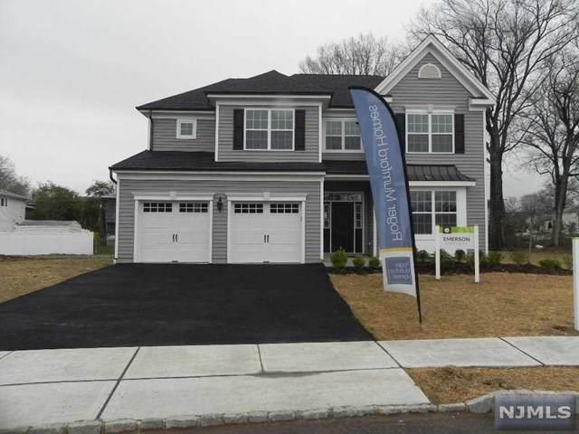 11 Bares Court, Little Ferry, NJ 07643 (MLS #20013285) :: The Dekanski Home Selling Team