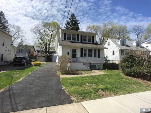 9 Chestnut Street, Caldwell, NJ 07006 (MLS #20013744) :: The Sikora Group