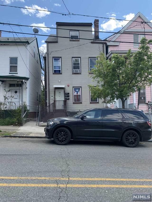 82 Lafayette Street - Photo 1