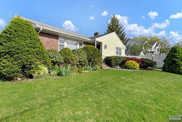 107 Birch Avenue, Bergenfield, NJ 07621 (MLS #20016435) :: The Sikora Group